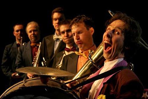 Méhes Csaba és a Brass in the Five előadásai a Mikroszínpadon