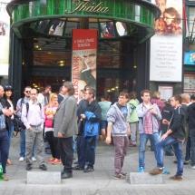 Siket és nagyothalló fiatalok vendégeskedtek a színházban